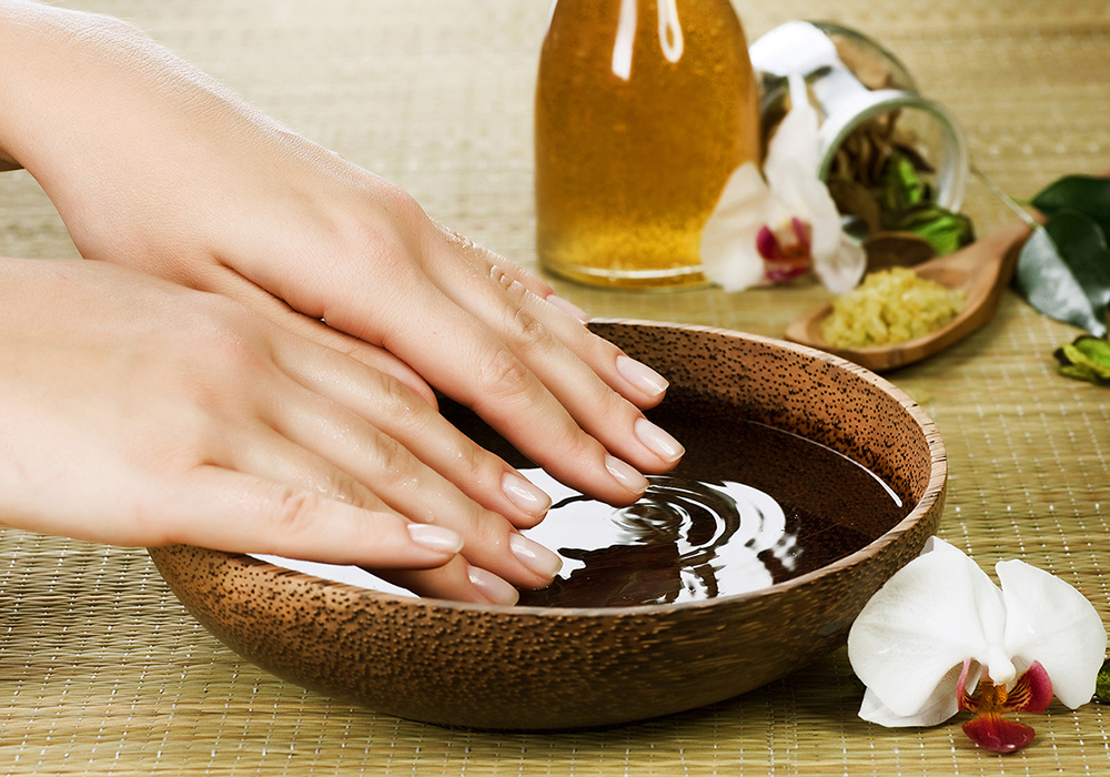 Pielęgnacja paznokci domowymi sposobami
